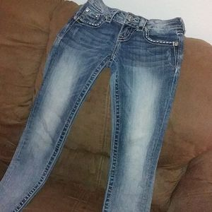 Beautiful MissMe Skinny Jeans